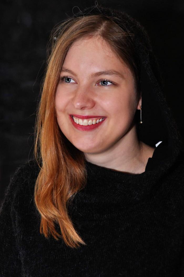 Portrait of Lisa (3)